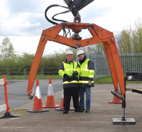 hiab lorry slinger signaller training in pontefract, yorkshire